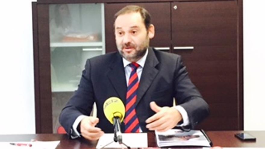José Luis Ábalos, en rueda de prensa.