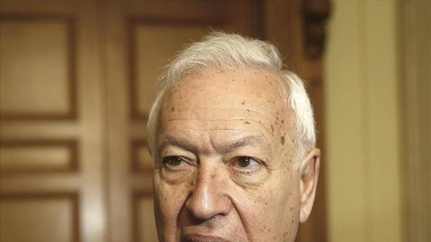 García-Margallo rechaza aceptar inmigrantes sin garantizarles una vida digna