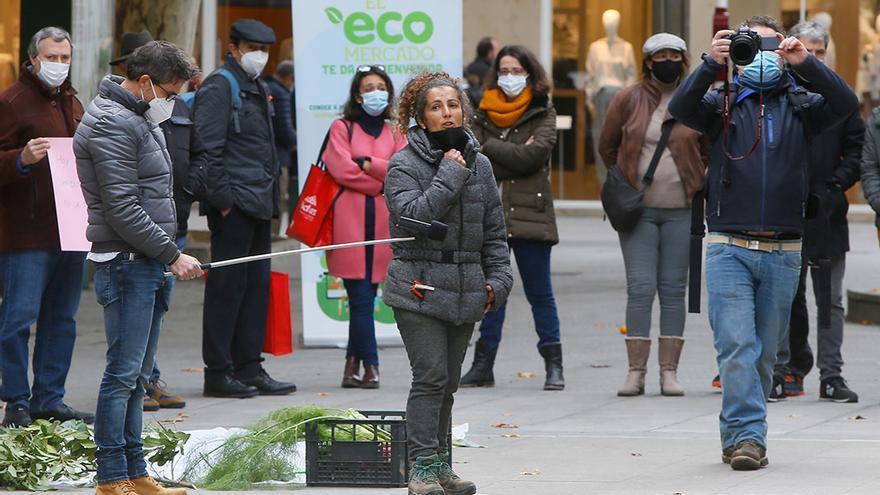 Protesta por el cierre del Ecomercado | MADERO CUBERO