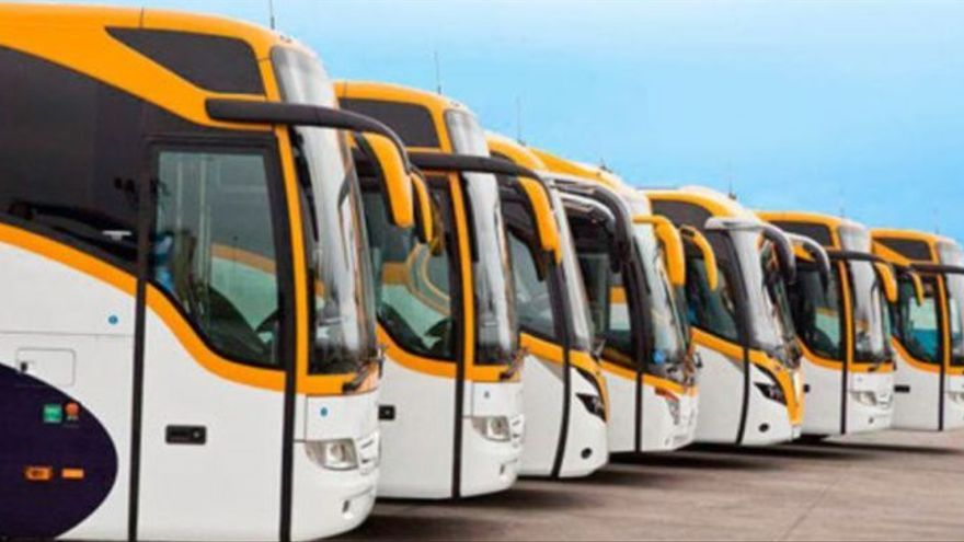 Flota de autobuses de la empresa Monbús.