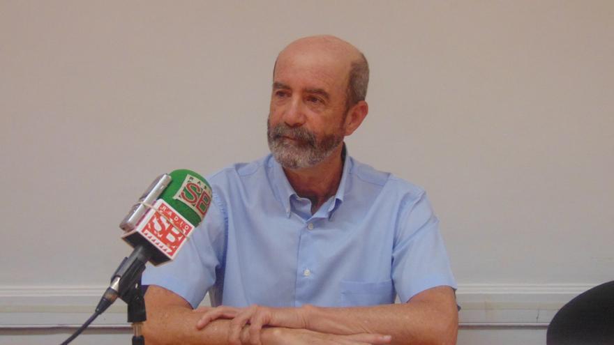Santiago Pérez, en la cita con los medios de este martes, en La Laguna