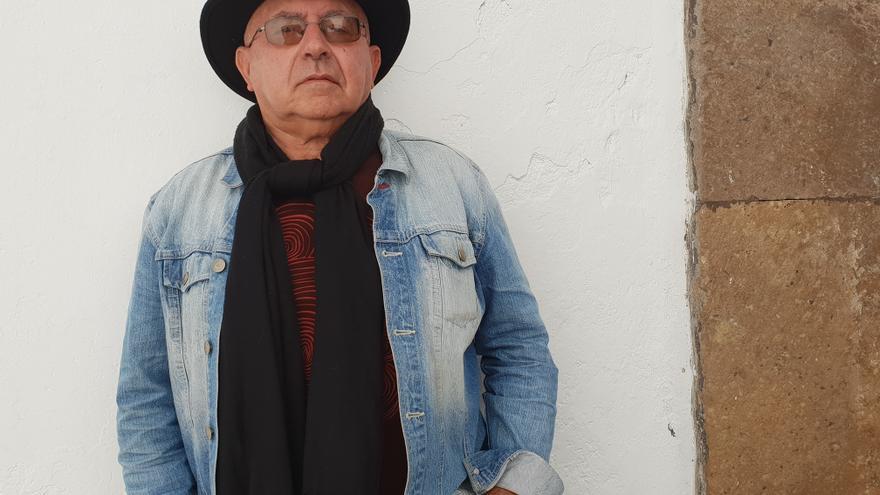El humorista satírico Ramón Araújo.