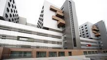 Fachada del Hospital Universitario Marqués de Valdecilla.