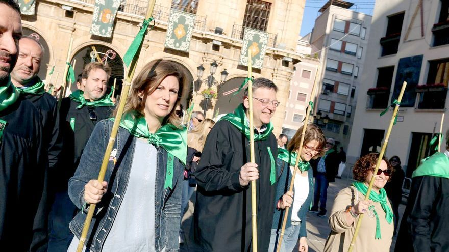 El president Ximo Puig junto a la alcaldesa de Castellón, Amparo Marco, en la 'Romeria de les Canyes'