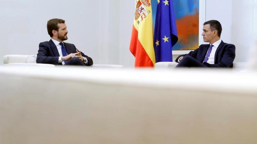 Casado pide a Sánchez enviar un requerimiento a Torra como paso previo al 155