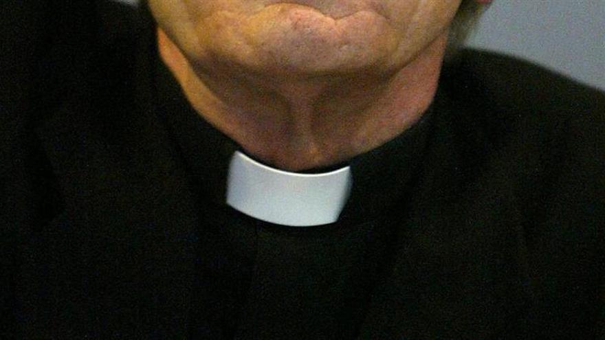 Expulsan de la Iglesia a un sacerdote ecuatoriano por abusos sexuales