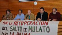 Mesa redonda celebrada en el salón de actos de la Comunidad de Regantes de San Andrés y Sauces. Foto: PX1NNE.