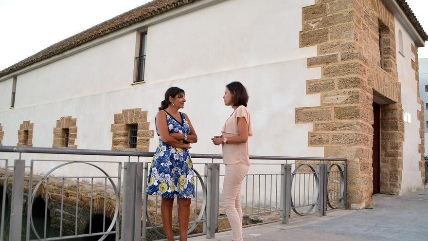 Artesanato Zen ~ La alcaldesa de París visita su ciudad natal, San Fernando (Cádiz), acompañada por la alcaldesa