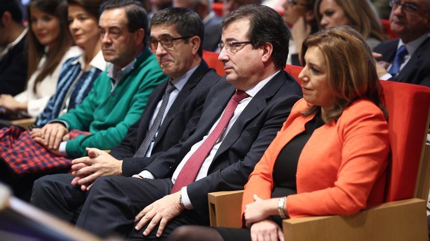 El libro del hijo de Fernández Vara reúne en Madrid a Iceta y Susana Díaz