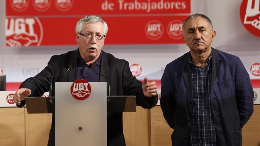 CCOO y UGT piden que las 20 actuaciones urgentes se aprueben en las Cortes