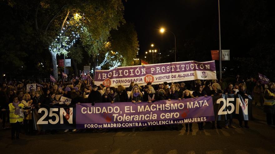 Cabecera de la manifestación, hoy en Madrid.