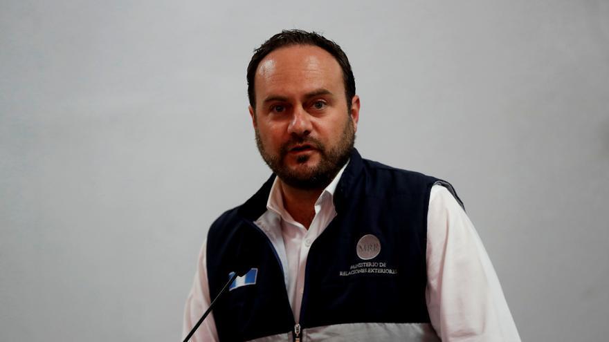 El enviado especial de Estados Unidos inicia una gira por Guatemala y El Salvador