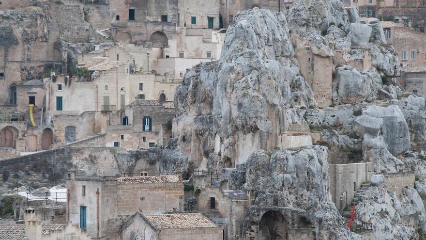 Los escarpes que bajan hacia el Gravina están cubiertos de casas cueva. Maurizio Balestrieri
