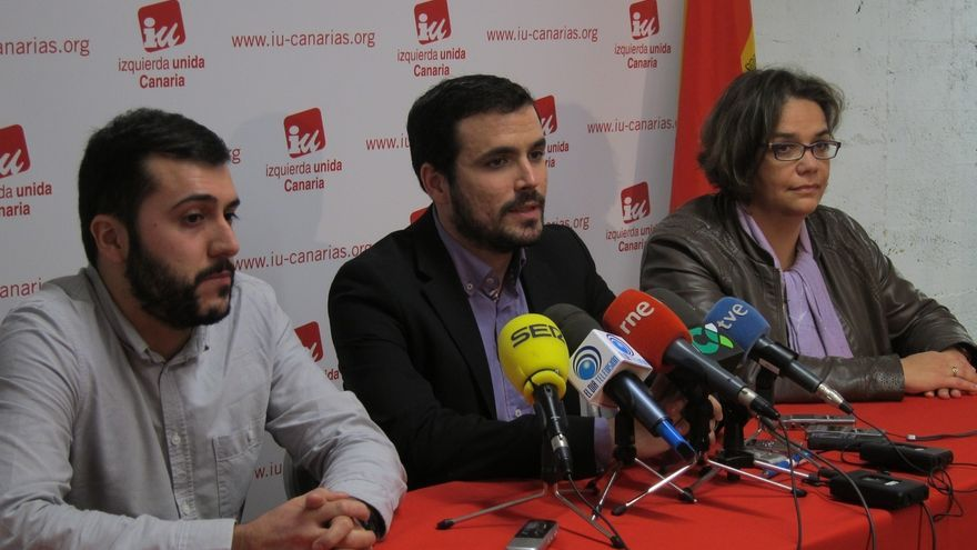 """Garzón (IU) dice que el sistema político en Canarias está """"carcomido por la corrupción"""""""