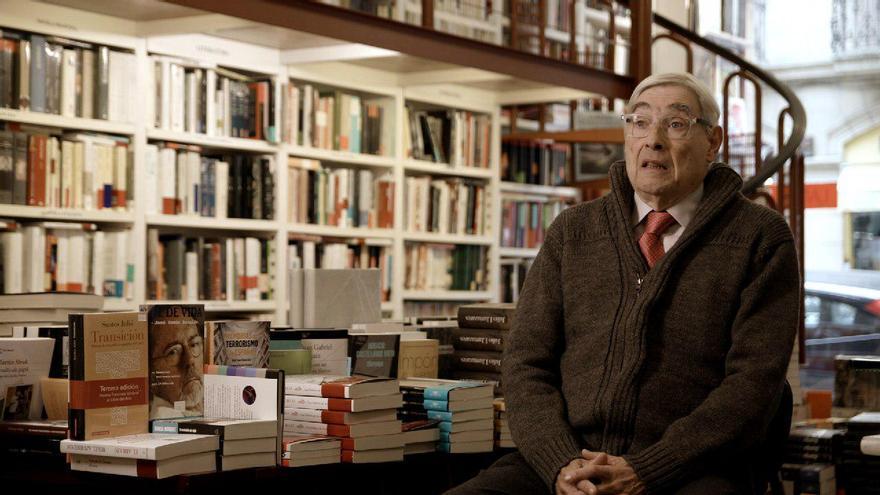 Ignacio Latierro, fundador de la librería Lagun.
