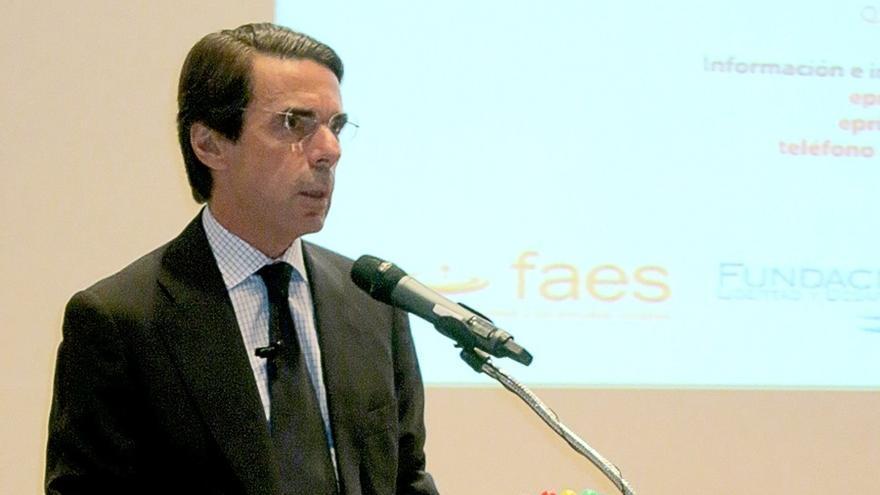 """Aznar cree que con la criminalidad, como con el terrorismo, se debe actuar con """"valentía y decisión"""" en un camino recto"""