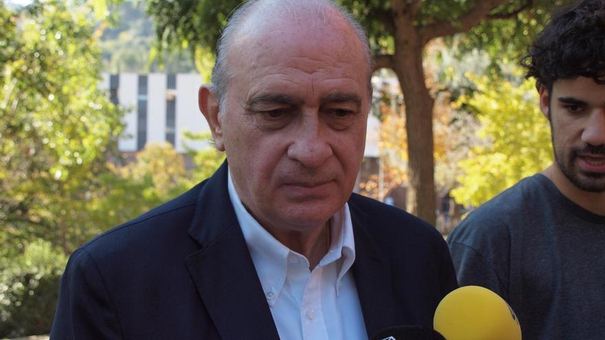 """Fernández Díaz afirma que Cataluña tiene un riesgo """"singular"""" por su situación geográfica"""