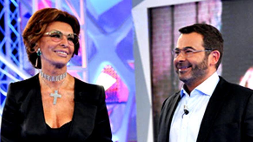 """""""Luna"""" se toma la revancha y supera a Jorge Javier con Sofía Loren"""