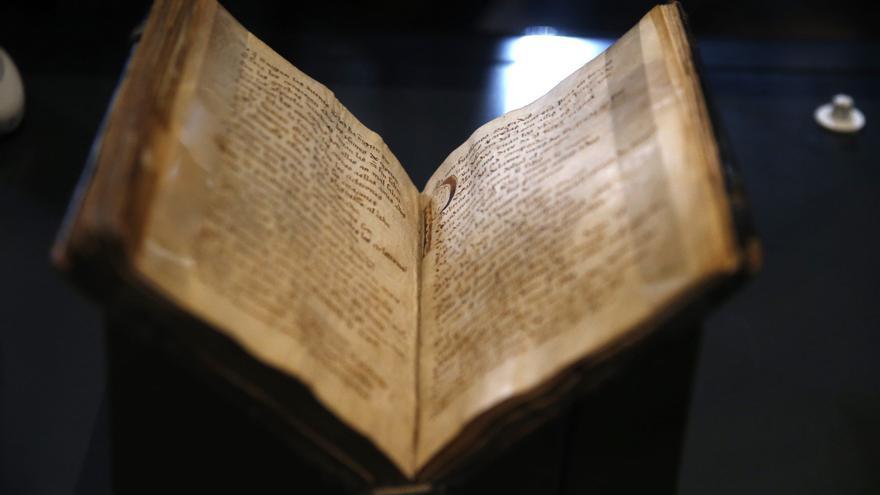 El Códice del Cantar del Mío Cid se expone por primera vez al público en la Biblioteca Nacional