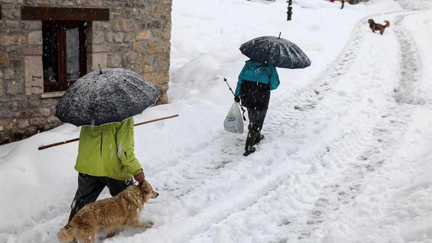 Nieve, frío y viento remiten pero continúa la alerta en 22 provincias