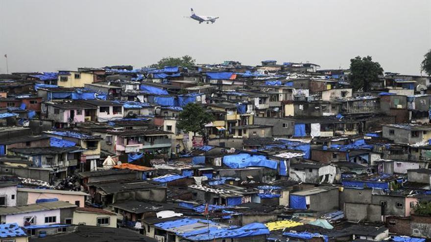 Desaparece un avión de las Fuerzas Aéreas indias con 29 personas abordo