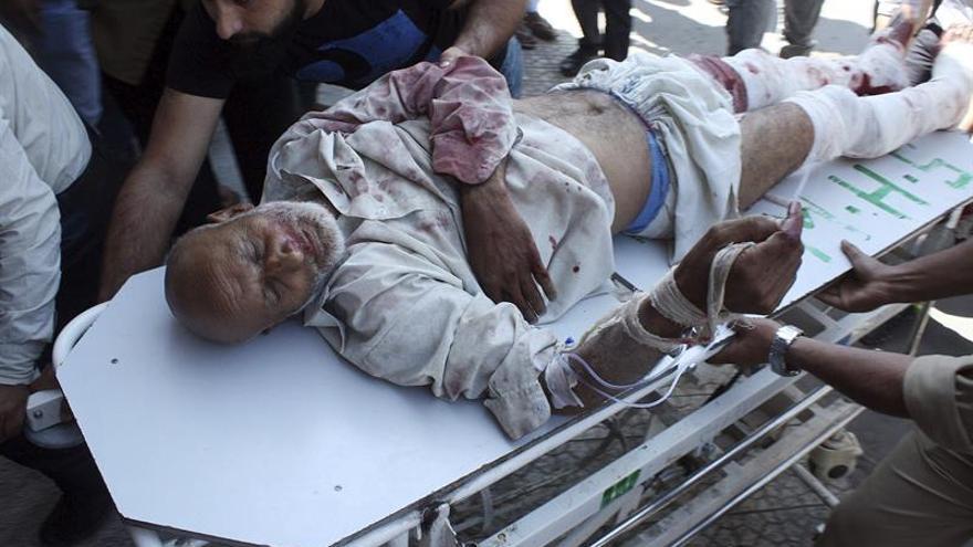 Tres muertos y 31 heridos en un ataque a un ministro local en la Cachemira india