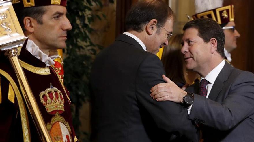 García-Page defiende abrir una mesa de diálogo constructivo sobre la Constitución