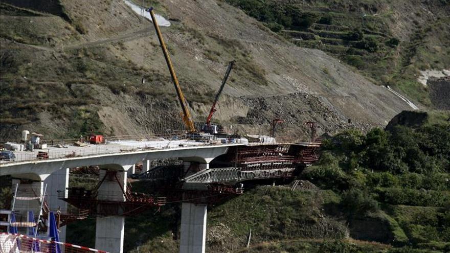 Diez años de los 6 muertos en el viaducto de la A-7 y no quedan ni homenajes