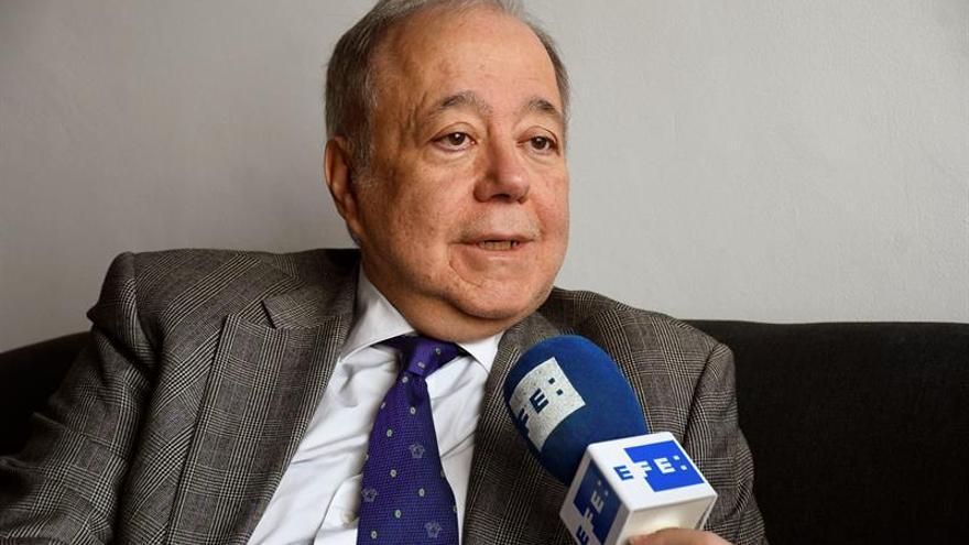 Eduardo Calvo: el director del Instituto Cervantes que da el salto a Cs