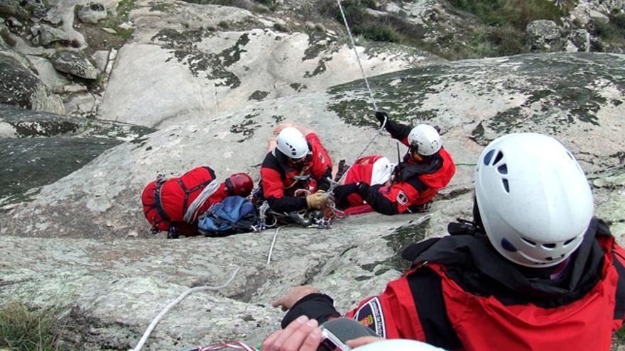 Prácticas de rescate en montaña ( © Evaristo Vaz 'Varis').