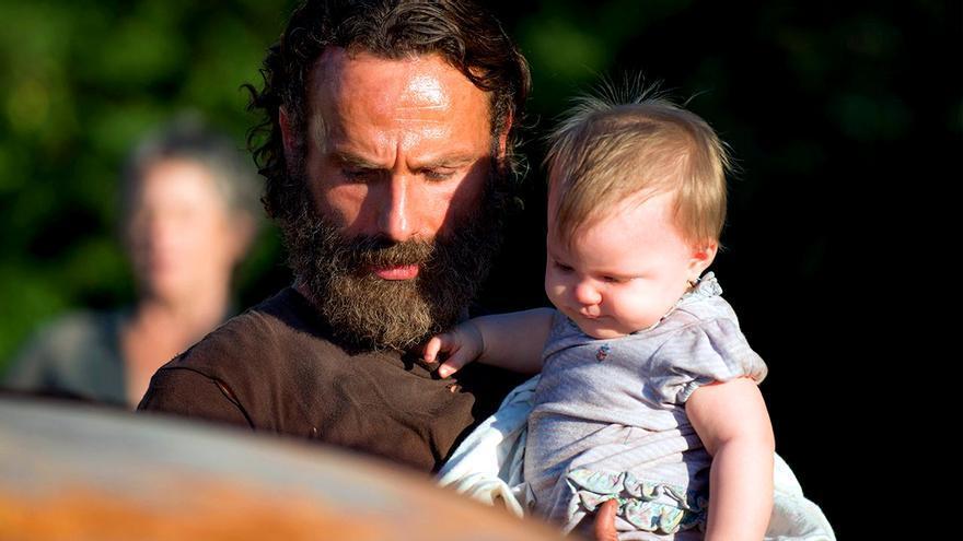 Judith pega el estirón en el nuevo avance de The Walking Dead