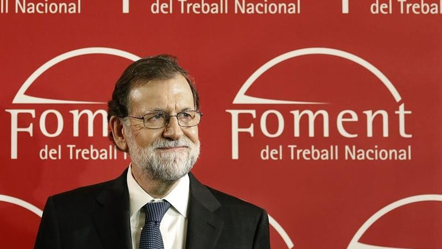 Rajoy asegura que hablará con todos tras el 21D pero exigirá respeto a la ley