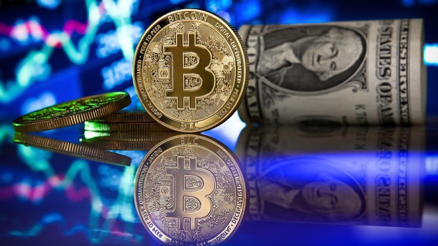 El bitcóin sube el 3,75 % y recupera los 30.000 dólares
