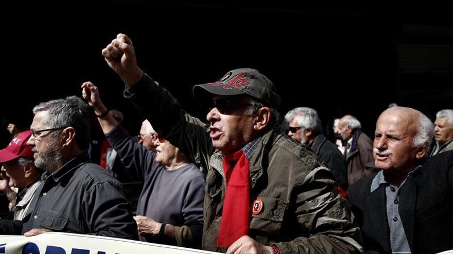 El Tribunal de Cuentas griego ve inconstitucional el próximo recorte de pensiones