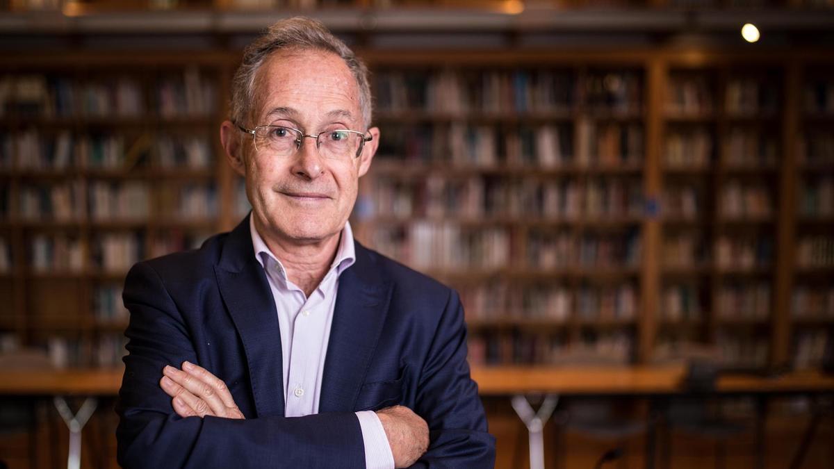 El catedrático de la Universidad de Santiago (USC), Ángel Carracedo