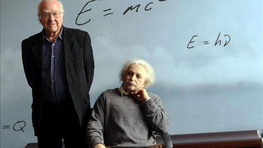 """Los padres de la partícula de """"dios"""" y el CERN, Príncipe de Investigación"""