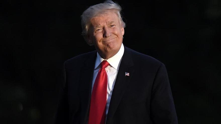 Trump baraja las cuotas o aranceles al acero chino