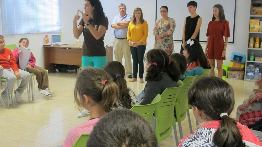 En la imagen, visita de escolares al Complejo Ambiental.