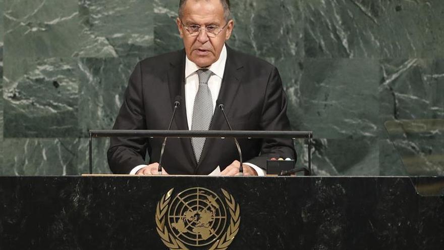 """Lavrov critica la """"pelea de guardería"""" en torno a Corea del Norte"""