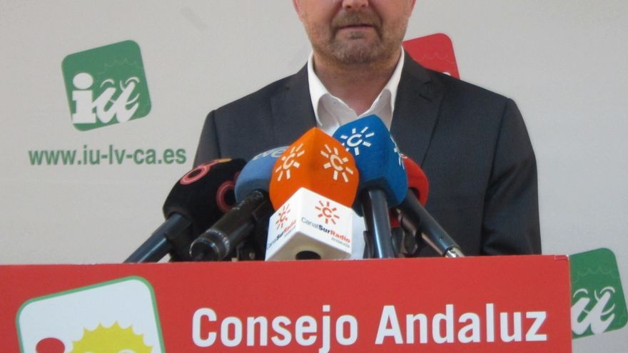"""Maíllo, """"muy satisfecho"""" con la Ley de Memoria Democrática, dice que IULV-CA """"no ha renunciado a nada"""""""