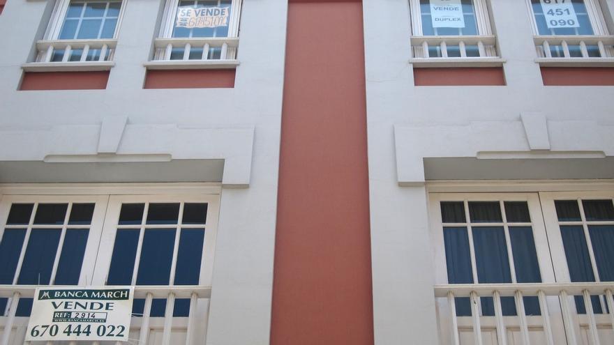 El Gobierno no combatirá la venta de vivienda social a fondos buitre porque es competencias de las autonomías