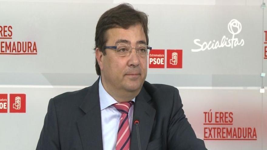 """Vara subraya que el PSOE """"de momento"""" debe decir """"no"""" a Rajoy, al que apremia para cerrar un acuerdo con otros partidos"""