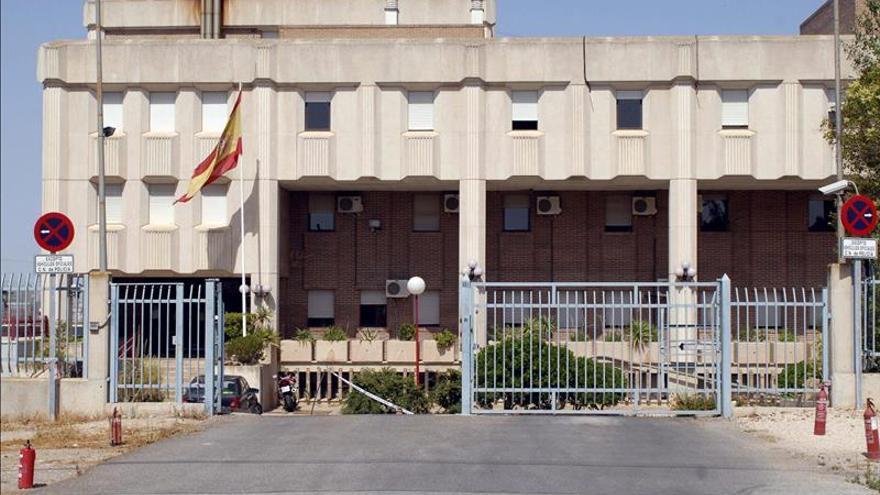 Detenidos cinco de los ocho inmigrantes fugados del CIE de Murcia