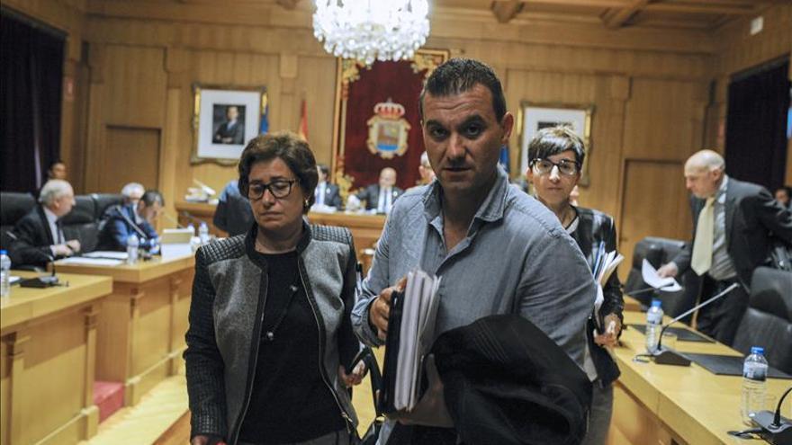 La oposición decide plantar a Baltar en el pleno de la Diputación de Ourense