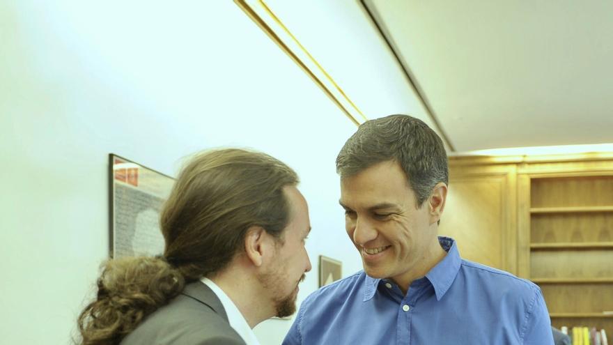 """Pedro Sánchez encuentra a Iglesias """"más realista"""", pero descarta una coalición electoral con Podemos"""