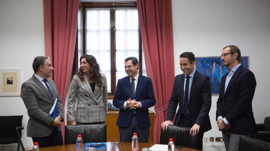 Reunión entre las direcciones de PP y Ciudadanos el miércoles, en Sevilla.