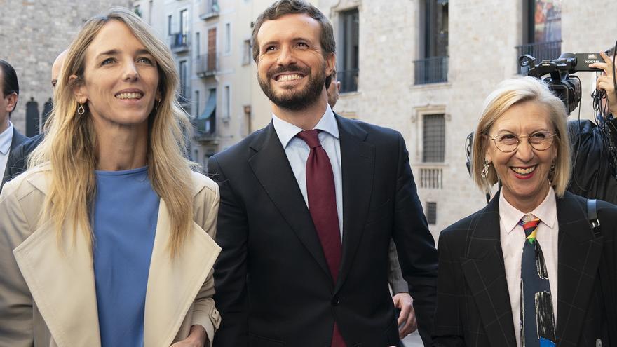 Cayetana Álvarez de Toledo, Pablo Casado y Rosa Díez en un acto del PP en Barcelona.