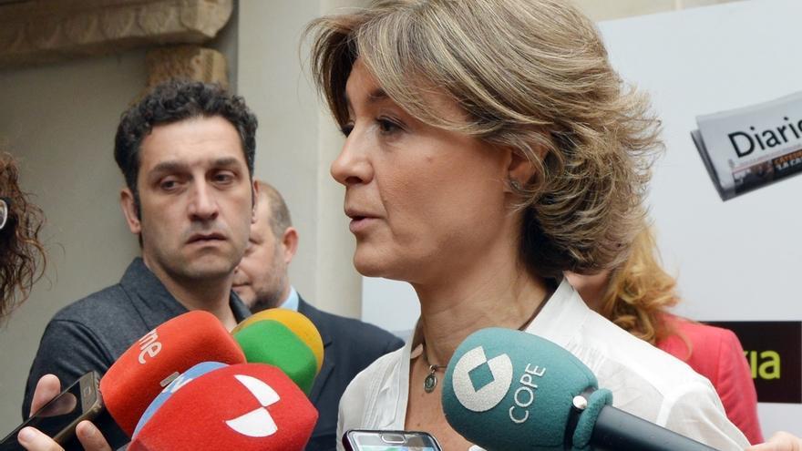"""García Tejerina afirma que la declaración de Rajoy refleja la """"absoluta colaboración del PP con la justicia"""""""