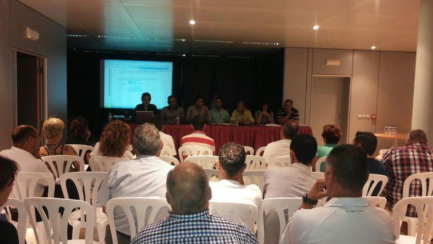 En la imagen, reunión de empresarios de Breña Baja.