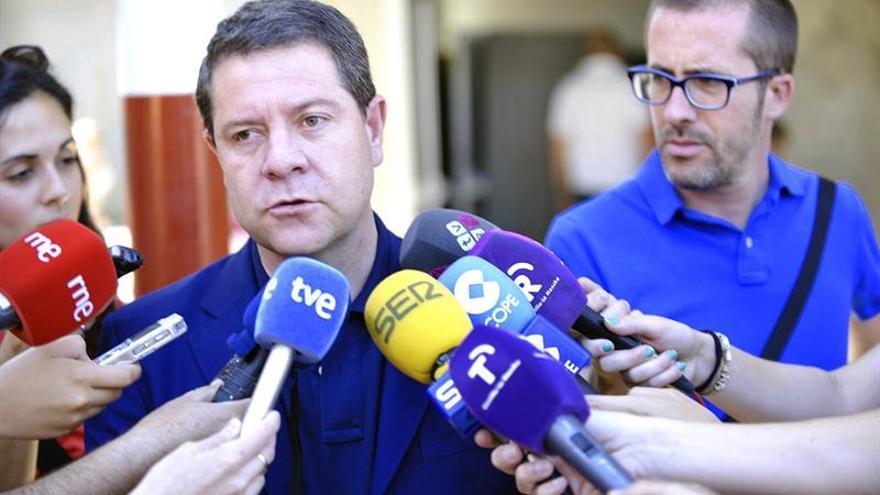 Page cree que Sánchez y todos los diputados del PSOE deben votar no a Rajoy